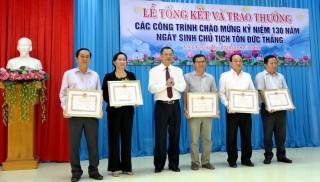 Phát thưởng 16/72 công trình tiêu biểu lập thành tích chào mừng 130 năm ngày sinh Bác Tôn