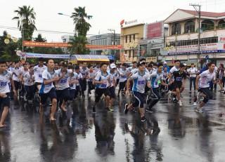 TP. Long Xuyên tổ chức Giải việt dã mở rộng kỷ niệm 130 năm ngày sinh Chủ tịch Tôn Đức Thắng