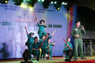 Hào hứng với Liên hoan tiếng hát công nhân lao động