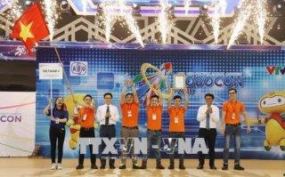 Đội tuyển Việt Nam 2 vô địch Cuộc thi ABU Robocon 2018