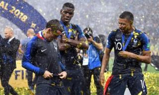 """Giroud: """"Quả Bóng Vàng phải thuộc về một cầu thủ Pháp, hoặc Modric"""""""