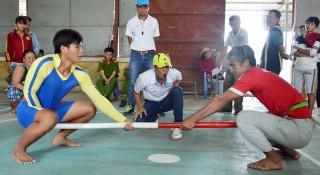 Xây dựng tình yêu với thể thao truyền thống