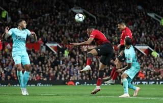 Man Utd tái hiện màn ngược dòng kinh điển trước Newcastle
