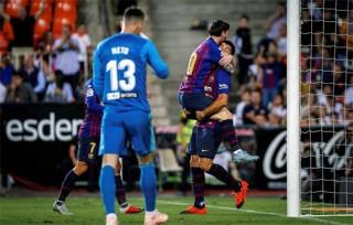 Hòa Valencia, Barca mất vị trí dẫn đầu La Liga