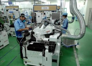 Chuyên gia quốc tế đánh giá điểm sáng kinh tế Việt Nam