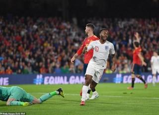 Kết quả chi tiết loạt trận UEFA Nations League rạng sáng 16-10