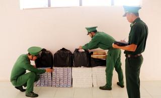 Hai ngày đêm mật phục bắt giữ 2 vụ buôn lậu thuốc lá ngoại