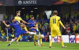 Loftus-Cheek lập hat-trick, Chelsea thắng dễ BATE Borisov