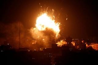 Israel ném bom đài truyền hình của Hamas ở Gaza