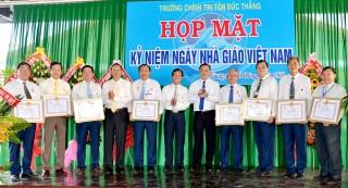 Các đơn vị trường học, cơ sở giáo dục: Kỷ niệm ngày Nhà giáo Việt Nam 20-11