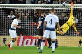 Eriksen ghi bàn quý như vàng, Tottenham thắng nghẹt thở Inter Milan