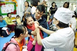 Triển khai tiêm vắc-xin ComBE Five '5 trong 1' trên toàn quốc từ cuối tháng 12-2018