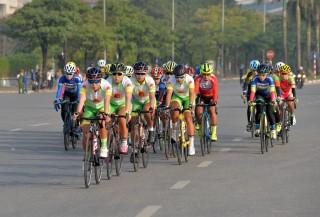 Xe đạp đường trường phát huy sức mạnh