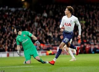 Đánh bại Arsenal, Tottenham đại chiến Chelsea ở bán kết EFL Cup