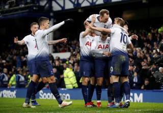 Tottenham dội mưa bàn thắng vào lưới Everton, bám sát Man City