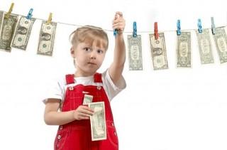 Những bài học về tiền bạc trẻ nên dạy trước năm 10 tuổi