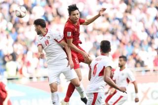 ASIAN CUP 2019: Hạ gục Jordan trên chấm penalty, Việt Nam hiên ngang tiến vào Tứ kết