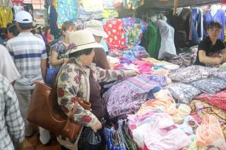 Chợ Tịnh Biên đón Tết