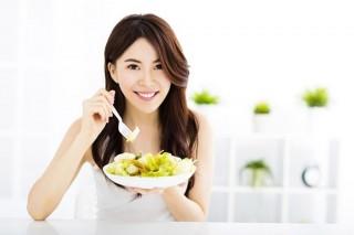 Bí quyết ăn không lo tăng cân trong ngày Tết