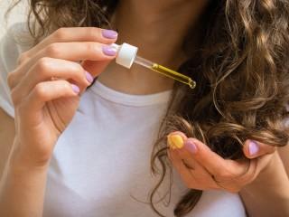 Những liệu pháp đơn giản bảo vệ da đầu tại nhà