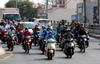 Nắng nóng kéo dài, người dân Nam Bộ cần phòng tránh tia UV