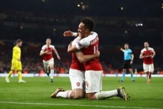 Arsenal vs Southampton: Top 4 vẫy gọi?