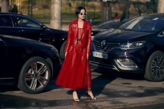 Người mẫu Việt 'chiếm sóng' tạp chí thời trang nước ngoài