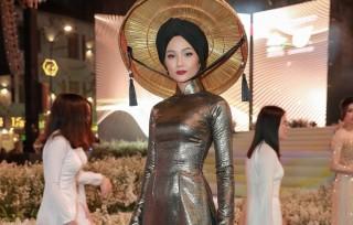 Hai hoa hậu được vinh danh là 'phụ nữ ảnh hưởng nhất Việt Nam 2019'