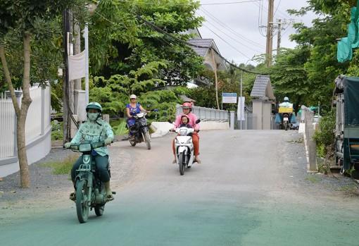 Niềm vui xã nông thôn mới Bình Hòa