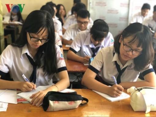 Thi THPT Quốc gia: Học sinh chuộng bài thi tổ hợp Khoa học tự nhiên