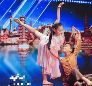Cặp vũ công nhí Việt Nam gây bùng nổ trong Bán kết Asia's Got Talent