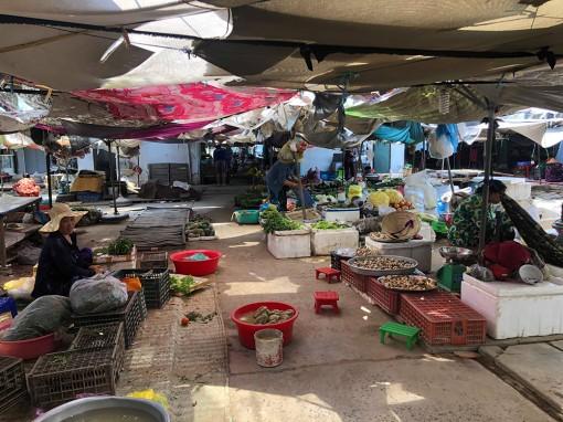 Xung quanh các khiếu nại của tiểu thương chợ Bắc Cái Đầm