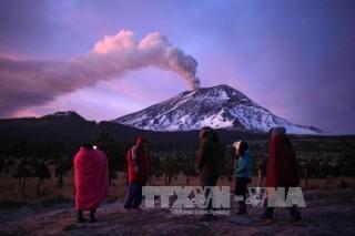 Mexico nâng mức cảnh báo về núi lửa Popocatepetl nguy hiểm nhất thế giới