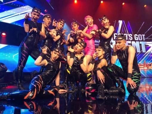 Nhóm nhảy Việt được khen 'quyến rũ' tại bán kết Asia's Got Talent