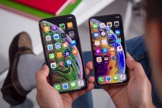 iPhone 2019: 3 camera, 2 màn hình OLED, 5 phiên bản và ?