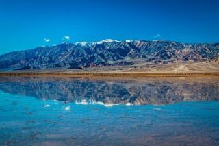 Hồ lớn bất ngờ mọc lên tại Thung lũng chết