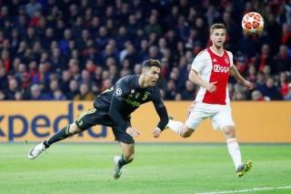 Lượt về Tứ kết Cúp C1: MU chờ phép màu, Juventus trông cậy vào Ronaldo