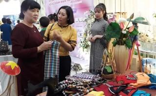 Tưng bừng Lễ hội văn hóa ẩm thực dân gian và sản phẩm truyền thống