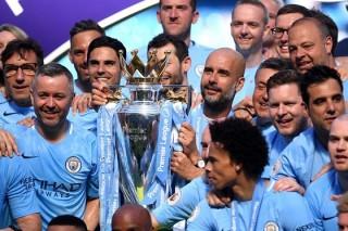 Premier League lên kịch bản ngày cuối - hai cúp hai sân