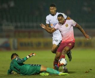 Dư âm vòng 7 V-League: Hà Nội đoạt lại ngai vàng, HAGL đánh rơi chiến thắng