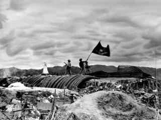 """Kỷ niệm 65 năm chiến thắng lịch sử Điện Biên Phủ (7-5-1954 – 7-5-2019): Từ """"đánh nhanh, thắng nhanh"""" sang """"đánh chắc, tiến chắc"""": Nghệ thuật quân sự thiên tài"""