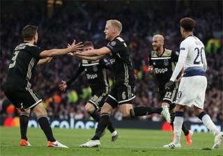 Ajax - Tottenham: Cửa thiên đường vẫn mở