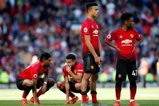 """Hậu Sir Alex Ferguson, Old Trafford trở thành """"ác mộng"""" với M.U"""
