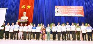 Châu Phú sơ kết 3 năm thực hiện Chỉ thị số 05 của Bộ Chính trị