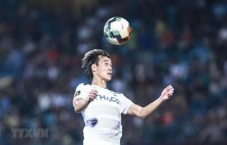Vòng 11 V-League: HAGL bại trận, Sanna Khánh Hòa thắng kịch tính