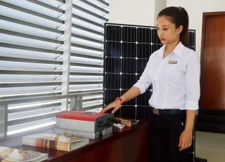 Phát triển hệ thống điện năng lượng mặt trời áp mái nối lưới