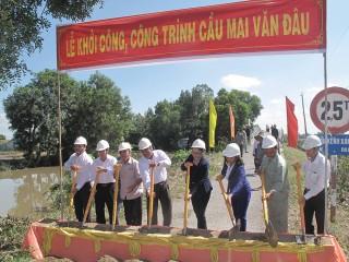 Tín đồ Phật giáo Hòa Hảo chung tay vì cộng đồng