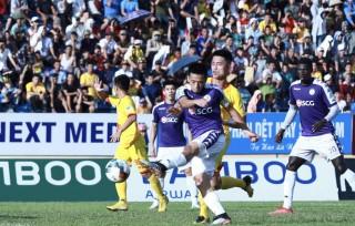Cúp Quốc gia: Hà Nội FC vào bán kết sau 'cơn mưa bàn thắng'