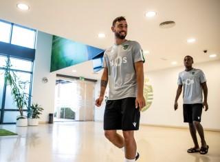 """MU chờ """"giờ vàng"""" đón Bruno Fernandes, Arsenal săn Marcelo"""