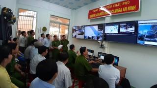 """Sơ kết mô hình """"Camera an ninh phòng, chống tội phạm"""" tại Châu Phú"""